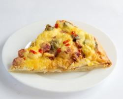 Пицца с охотн колбасками и грибами